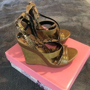 Shoe Dazzle Harmony Wedges